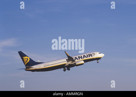 RYANAIR Boeing 737 8AS Aircraft registration EI DPF during take off from the Airport of Palma de Mallorca Balearic - Stock Photo