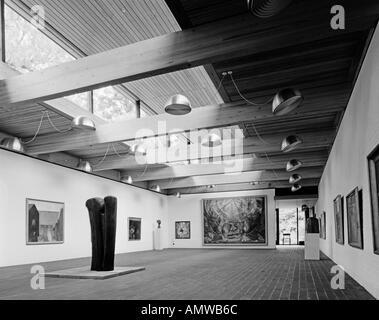 Louisiana Museum of Modern Art, Humleb'k, 1956-91. Gallery interior. Architect: Jorgen Bo and Vilhelm Wohlert - Stock Photo