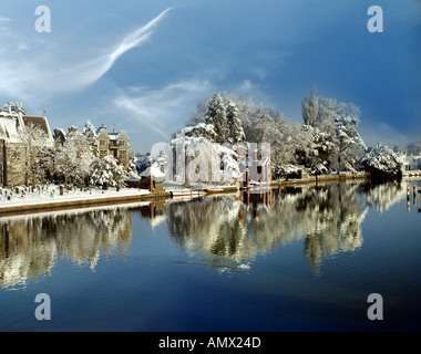 GB - BUCKINGHAMSHIRE: Town of Marlow and River Thames - Stock Photo