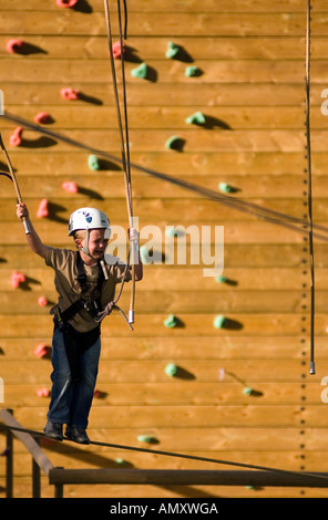 PICTURE CREDIT DOUG BLANE Scared boy crying while on the Aerial Extreme Willen Lake Milton Keynes City of Milton - Stock Photo