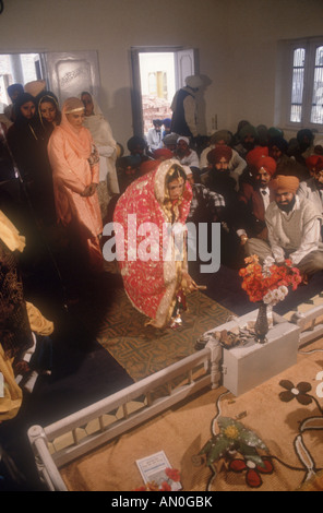 Sikh Wedding In Malaysia Giving Gifts To The Bride And Groom At A Ceremony Patiala Punjab
