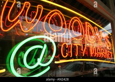 North Carolina, South, Tar Heel State, Wake County, Raleigh, City Market, marketplace, Woody's City Market, marketplace, - Stock Photo
