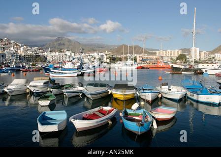 25 01 2004 Kanaren Teneriffa Alter Hafen von Los Cristianos - Stock Photo