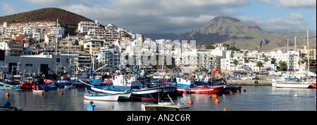 Kanaren Teneriffa Alter Hafen von Los Cristianos Tenerife - Stock Photo