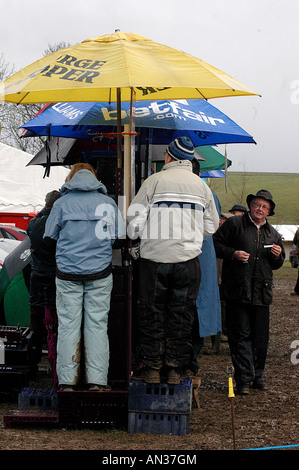 pic martin phelps 14 01 06 barbury castle point to point bookies - Stock Photo