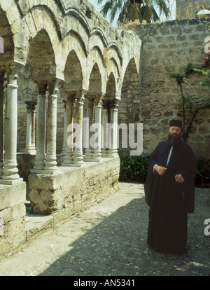 Italy Sicily Palermo San Giovanni Eremiti cloisters - Stock Photo