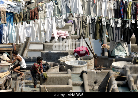 Washing and drying in the open air laundry at Dhobi Ghat, Mumbai (Bombay) - Stock Photo