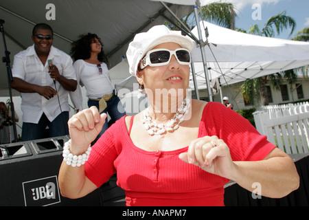 hialeah single hispanic girls St miami girls sayand guys, miami, 7 replies is miami beach the only nice place to be in near miami , miami, 52 replies where to meet people in miami besides school , miami, 12 replies.