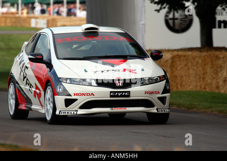 Honda Civic Type R Goodwood Festival Of Speed West Sussex White Red Black Motion Front - Stock Photo