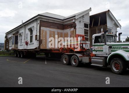 House cut in half, Whanganui, North Island, New Zealand - Stock Photo