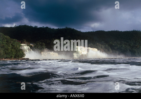 hacha falls canaima nationalpark region of gran sabena venezuela - Stock Photo