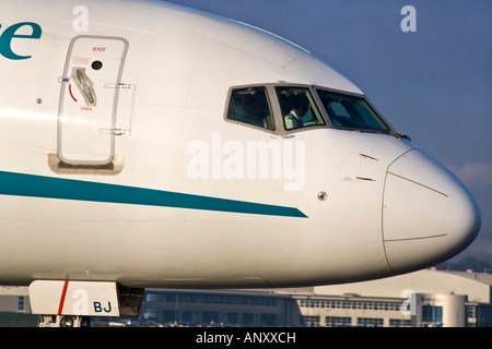 A First Choice Airways Boeing 757 2B7 Jet Nose and flight deck - Stock Photo