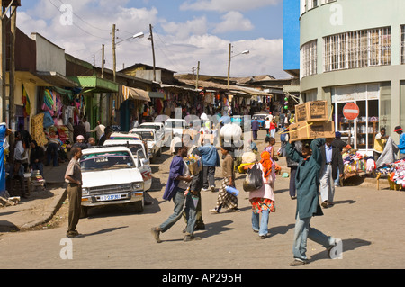 A typical street scene from the Mercato (market) in Addis Ababa. - Stock Photo