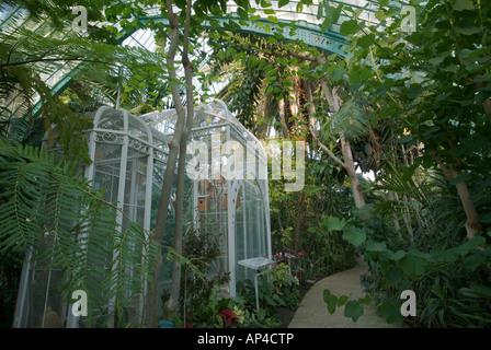 France, Paris, Jardin des Serres d'Auteuil, botanical ...