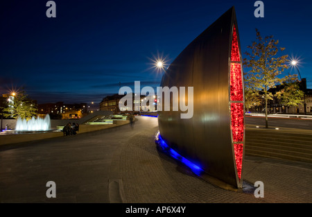 The Cutting Edge steel sculpture at Sheaf Square, Sheffield, England, UK - Stock Photo