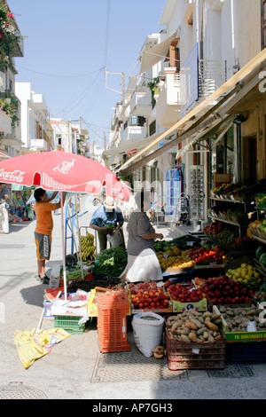 A GREENGROCER'S SHOP WITHIN THE OLD TOWN OF RETHYMNON. CRETE. GREEK ISLAND. EUROPE. - Stock Photo