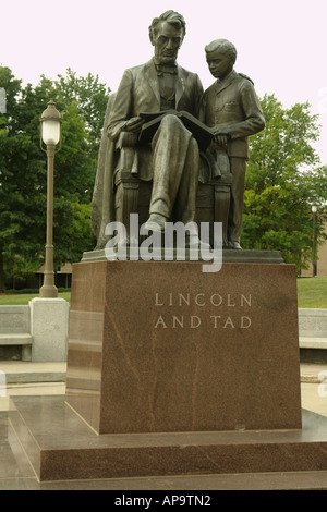 AJD50015, Des Moines, IA, Iowa, State Capitol, Lincoln and Tad statue on the Capitol Grounds - Stock Photo