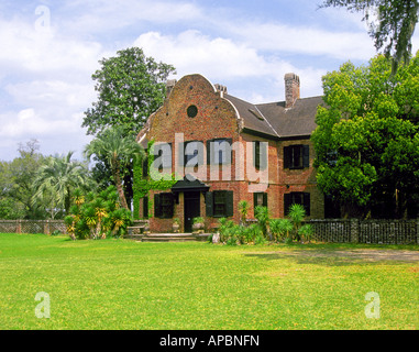 A view of the front of Middleton Place a large plantation in the historic district of Charleston - Stock Photo