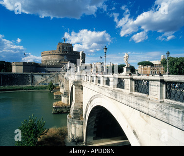 View of the Ponte Sant'Angelo with the Castel Sant'Angelo in he background, Rome, Italy - Stock Photo
