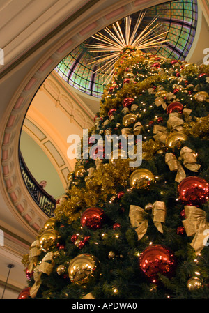 The Christmas tree is decorated in the Queen Victoria Building in ...