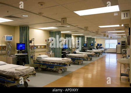 View of an empty recovery room in a hospital - Stock Photo