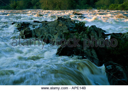 High water at Great Falls of the Potomac viewed from the Virginia side - Stock Photo