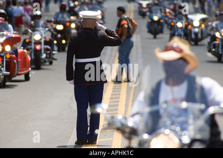 A marine salutes 18th annual Rolling Thunder Ride for Freedom XVIII 2005 Memorial Day Washington DC - Stock Photo