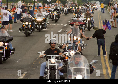 18th annual Rolling Thunder Ride for Freedom XVIII 2005 Memorial Day on Arlington Memorial Bridge from Virginia - Stock Photo