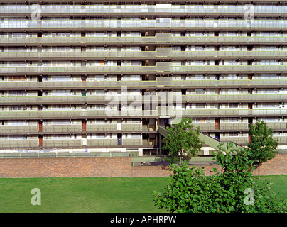 walworth estate south london elephant and castle council housing which is due for demolition - Stock Photo