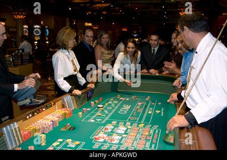 caesars palace online casino dice roll online
