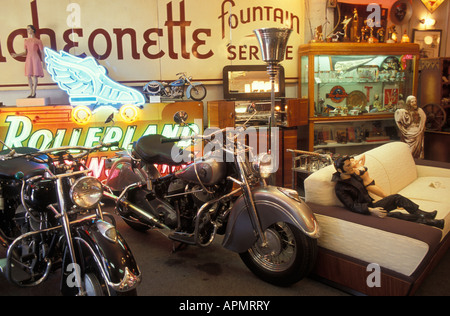 Antiques shop OFF THE WALL at Melrose Avenue in Hollywood Los Angeles California USA - Stock Photo