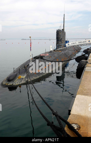 HMS Tireless nuclear submarine (S88) - Stock Photo