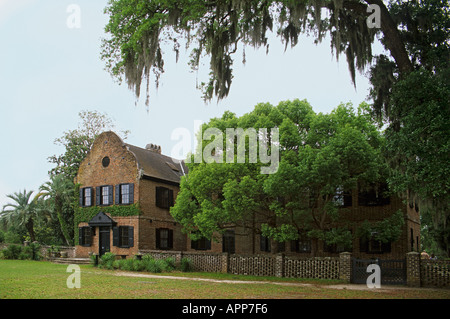 South Carolina Charleston Middleton Place nation s oldest landscaped gardens dating from 1741 House Museum circa1775 - Stock Photo