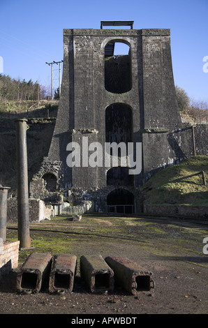 The water balance tower at the Blaenavon Ironworks. - Stock Photo