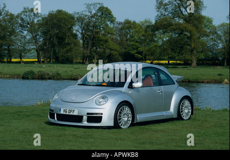 retro vw beetle in silver and red with white wall tyres die cast stock photo 91666792 alamy. Black Bedroom Furniture Sets. Home Design Ideas