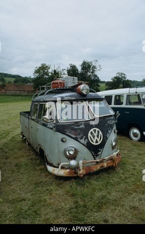Volkswagen Kombi (splitty, rat look) - Stock Photo