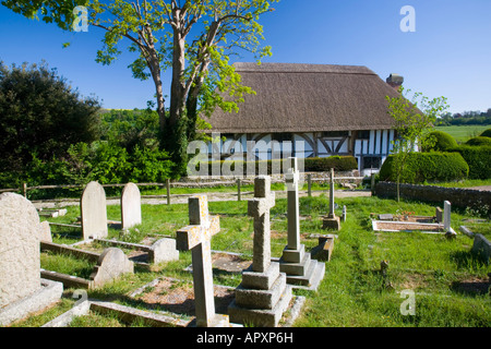 Alfriston, East Sussex, England. View from churchyard to the Clergy House. - Stock Photo