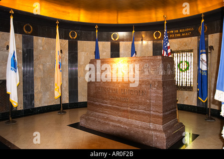 ILLINOIS Springfield Tombstone in Abraham Lincoln s tomb in Oak Ridge Cemetery burial place for president - Stock Photo