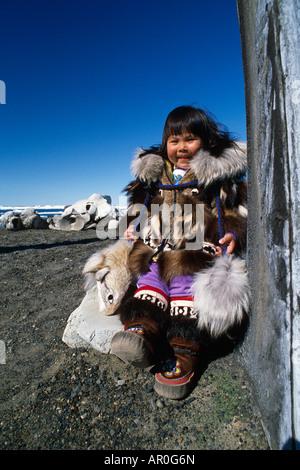 Inuit Girls Stock Photos &amp- Inuit Girls Stock Images - Alamy