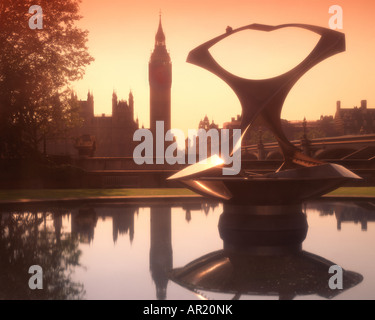 GB - LONDON:  Houses of Parliament - Stock Photo