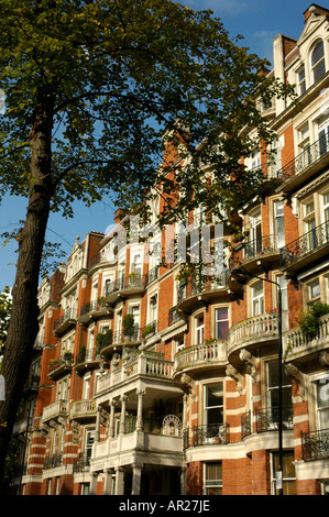 Campden Court mansion apartment block in Campden Hill Road London England - Stock Photo