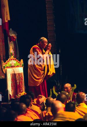 THE 14TH DALAI LAMA of TIBET speaks during his ILLUMINATING THE PATH teachings in June of 2000 LOS ANGELES CALIFORNIA - Stock Photo