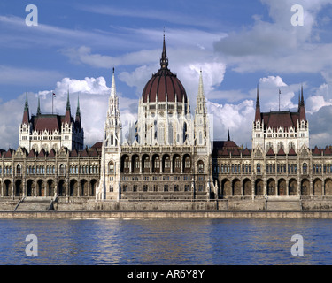 HU - BUDAPEST:  The Hungarian Parliament - Stock Photo