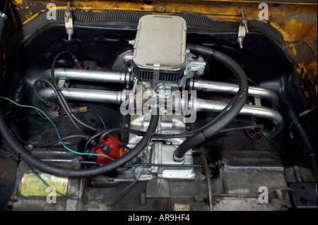 engine of old vw volkswagen camper van england - Stock Photo