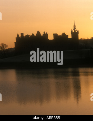 Linlithgow Loch and Palace at dawn Linlithgow West Lothian Scotland - Stock Photo