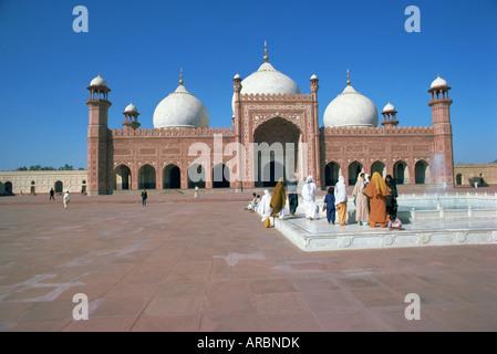 Badshahi mosque, Lahore, Punjab, Pakistan, Asia - Stock Photo