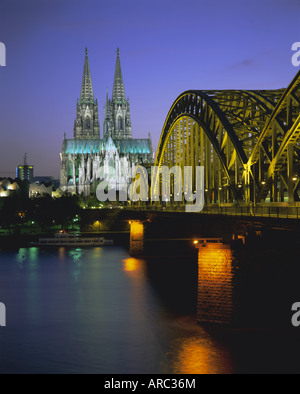 Bridge over the River Rhine, and cathedral (Dom), Cologne (Koln), North Rhine Westphalia, Germany, Europe - Stock Photo