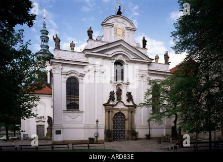 Prag, Kloster Strahov, Kirche Maria Himmelfahrt, Westfassade - Stock Photo