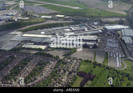 Aerial view of Vauxhall s main plant in Luton with Luton airport off in the background Bedfordshire UK - Stock Photo