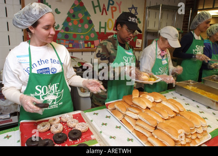 ... USA Washington DC Community Volunteers At A Soup Kitchen   Stock Photo